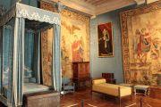 queens-bedroom