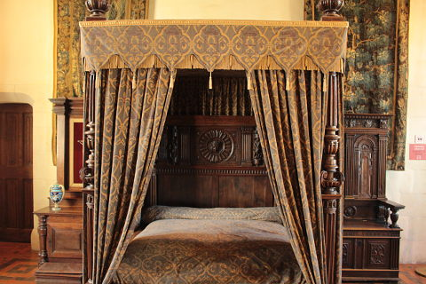 Bedroom of Henri II at the Chateau d'Amboise