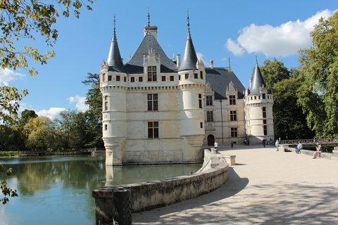 Chateau d\'Azay-le-Rideau: a beautiful Renaissance chateau