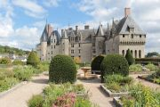 castle-gardens